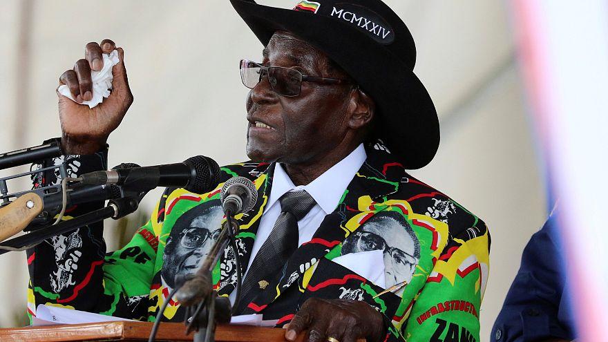 93 éves lett Mugabe, Zimbabwe elnyűhetetlen elnöke