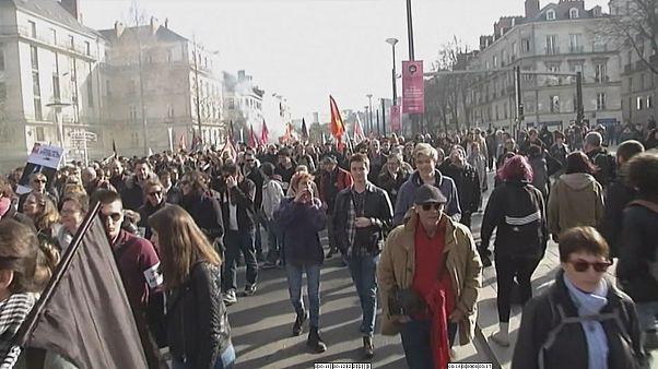 مظاهرة في نانت الفرنسية احتجاجا على زيارة مارين لوبن للمدينة