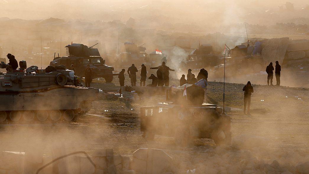Iraque: tropas governamentais avançam na conquista de Mossul ocidental e milhares de civis tentam fugir aos combates