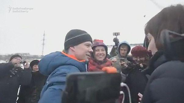 Hazamehet Szibériából a bebörtönzött orosz ellenzéki