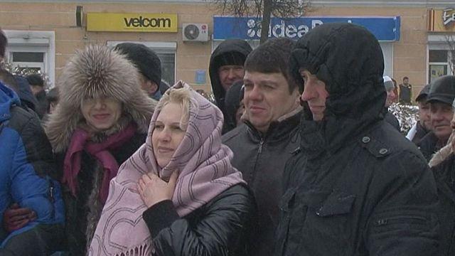 Munkanélküli adó miatt tüntetnek Miszkben