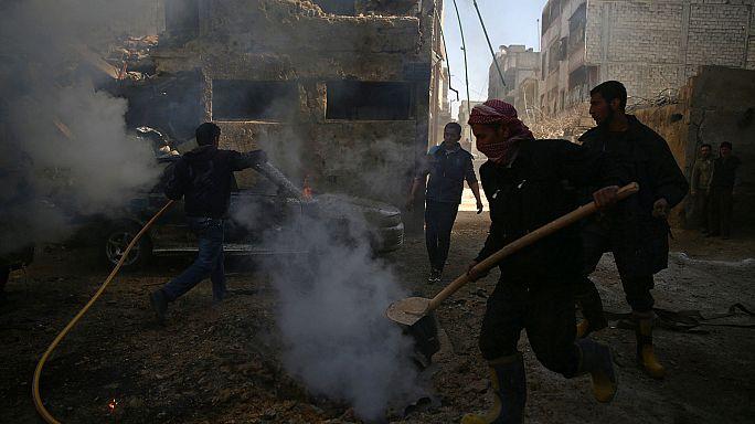 Folyamatosak a légicsapások a lázadók-ellenőrizte területek ellen Szíriában
