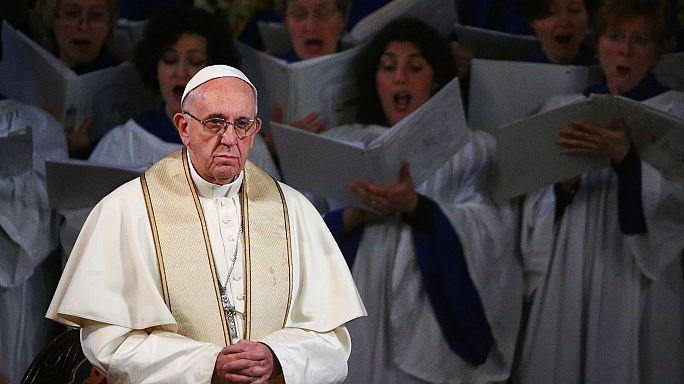 Le pape François visite une Eglise anglicane