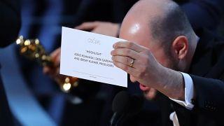 A grande gafe dos Óscares em imagens e nas redes sociais