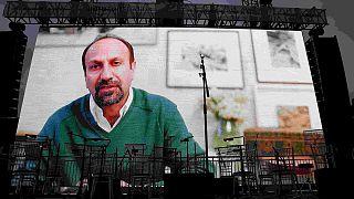 Trump'ı protesto eden İranlı yönetmen Farhadi'ye Oscar ödülü