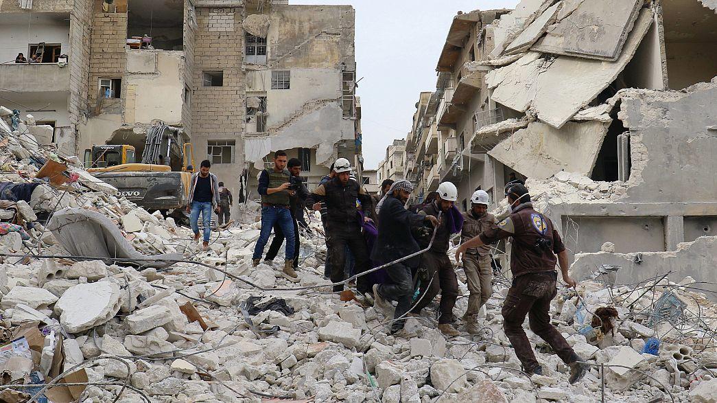 Syrie : pourparlers de paix sur fond de combats et bombardements