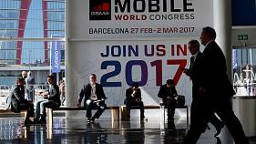 Barcelona phone home - World Mobile Congress opens