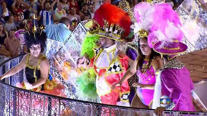 Another float accident blights Rio's carnival