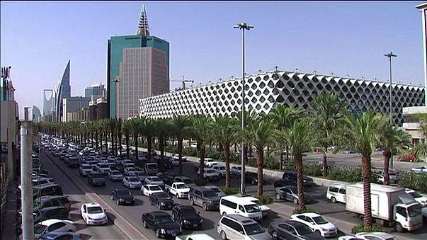 Nyersolaj-áremelésre készül Szaúd-Arábia