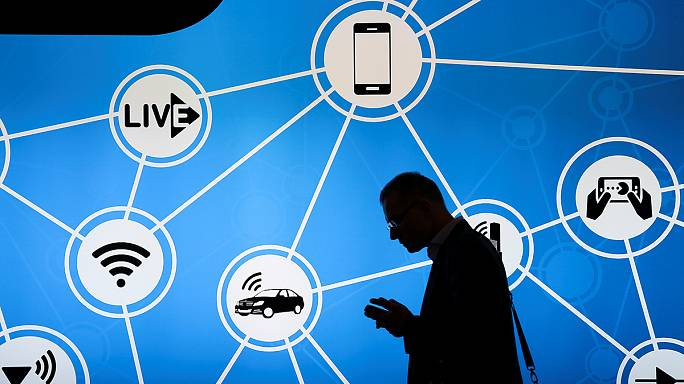 Mobile World Congress gets connected