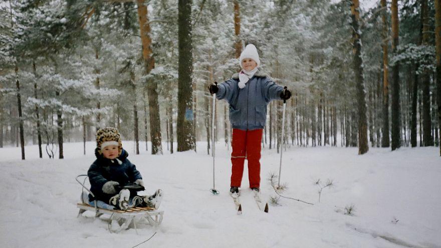 Maria Butina, right, and her sister, Marina, in 1995.