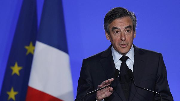 Nem lép vissza Francois Fillon a pénzügyi visszaélés vádja ellenére sem