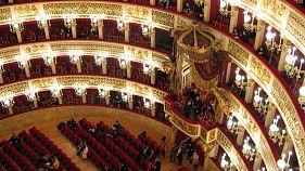 Ópera para 1.300 inmigrantes en uno de los teatros más prestigiosos del mundo