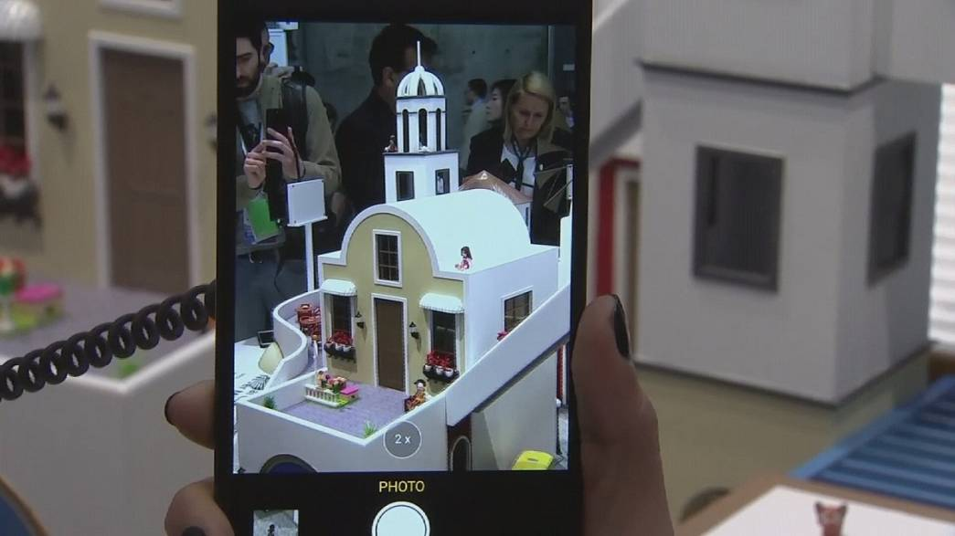 Smartphones cada vez mais iguais uns aos outros na Feira de Barcelona