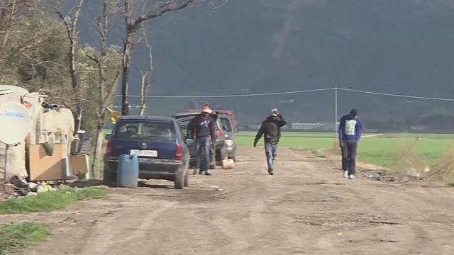 """السلطات الإيطالية تزيل مخيم المهاجرين """"غران غيتو """" العشوائي"""