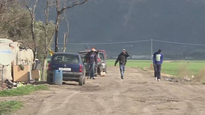 "Italy clears its ""Great Ghetto"" of migrants"