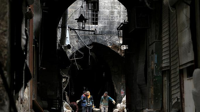 Aleppo battle: both sides accused of war crimes