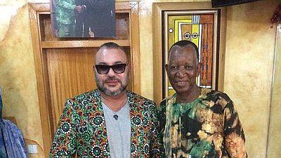 Le Roi du Maroc séduit par les créations de Pathé'O — Cote d'Ivoire