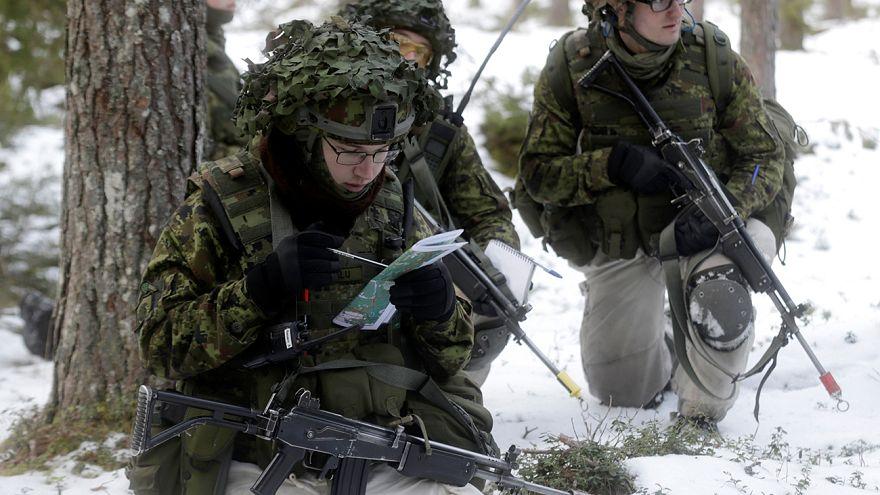 Gabriel in Estland: Sicherheit nicht allein durch mehr Nato-Gelder erreichbar