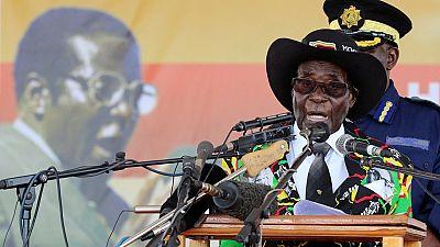 Zimbabwe: Mugabe se rend à Singapour pour des «examens médicaux»