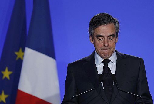 François Fillon perd des soutiens suite au maintien de sa candidature