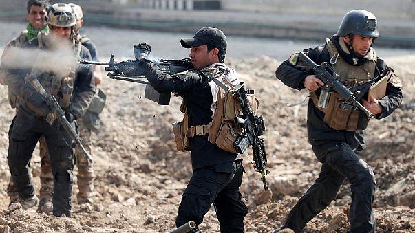 Мосул: армия Ирака отрезала боевикам дорогу к Ракке