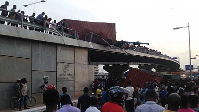 [Photos] 40-footer container falls off Accra's 'Dubai' overpass, several injured