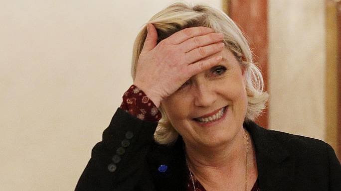 Felfüggesztették Le Pen mentelmi jogát