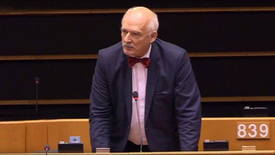 """""""Las mujeres deben ganar menos y punto"""" según un eurodiputado polaco"""