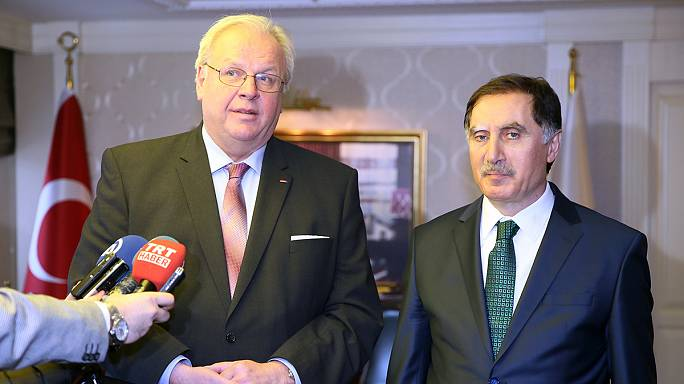 Cancellati incontri elettorali turchi in Germania. tensione tra Berlino e Ankara