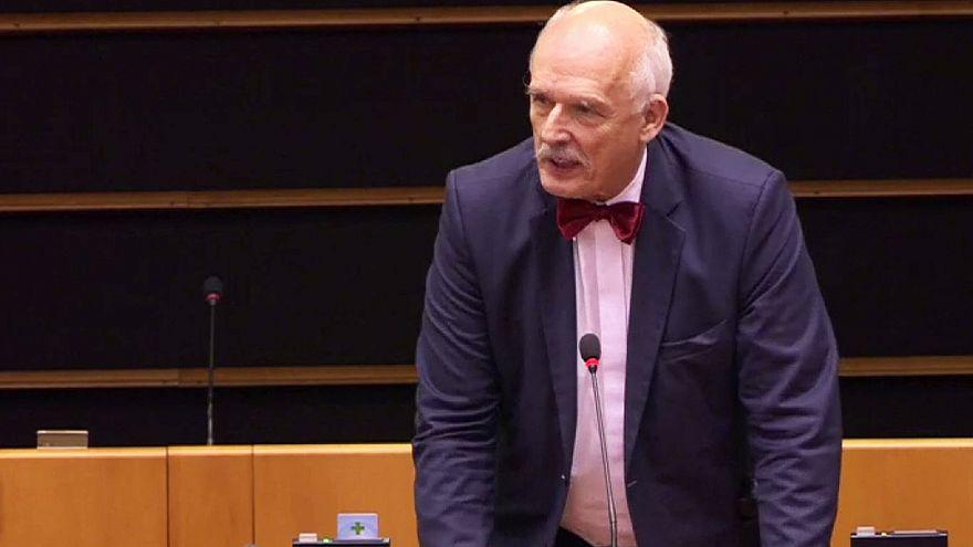 """Eurodeputado polaco arrisca sanções depois de """"comentários sexistas"""" no Parlamento Europeu"""