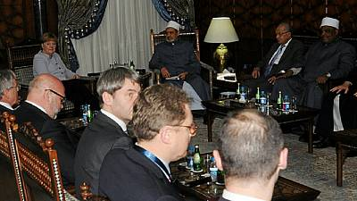 Merkel meets with Egypt's religious leaders