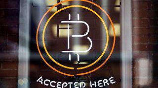 El bitcoin pasa a valer más que el oro