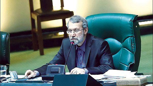 جنجال سقف حقوق مدیران دولتی؛ لاریجانی از مخالفان خواست «جانماز آب نکشند»