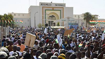 Niger : l'opposition manifeste contre Mahamadou Issoufou
