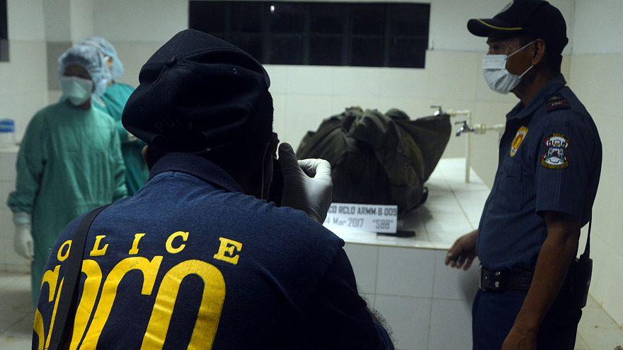 Recuperar los restos del rehén alemán decapitado por Abu Sayyaf en Filipinas