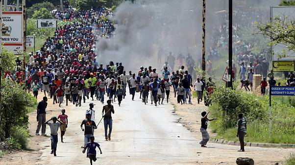 Image: Protesters in Harare, Zimbabwe