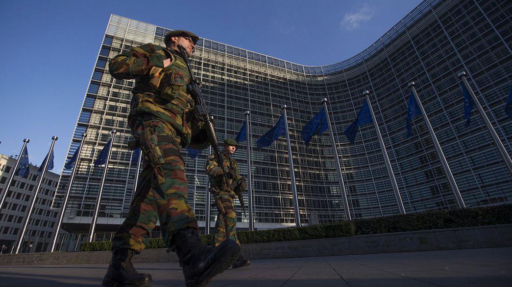Με ένα ευρωπαϊκό στρατηγείο ξεκινά η ΕΕ την οικοδόμηση κοινής άμυνας