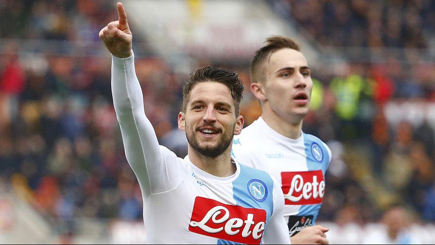 Nápoles vence em Roma e dá uma ajudinha à Juventus