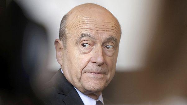 Il continue : François Fillon sourd face aux Sarkozystes