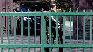 De la crise diplomatique à la prise d'otages
