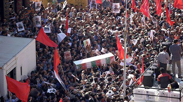 رئیس بنیاد شهید: ۲۱۰۰ شهید مدافع حرم داریم