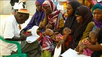 Red Cross officials cater for Somalis hard hit by drought in Kismayo [no comment]