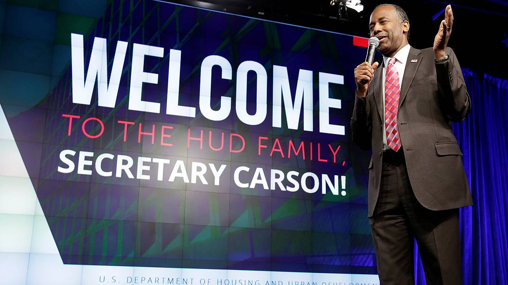 US housing secretary Carson compares slaves to immigrants