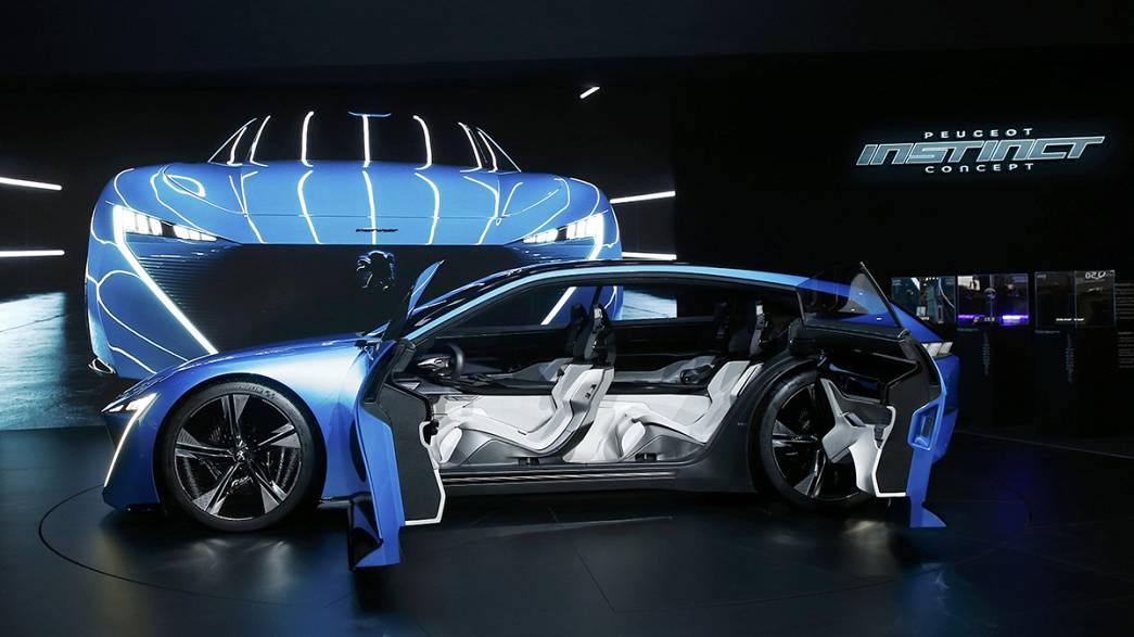 Car industry looks beyond mergers at the Geneva motor show
