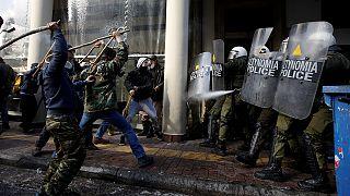 Grèce: heurts entre agriculteurs et policiers à Athènes