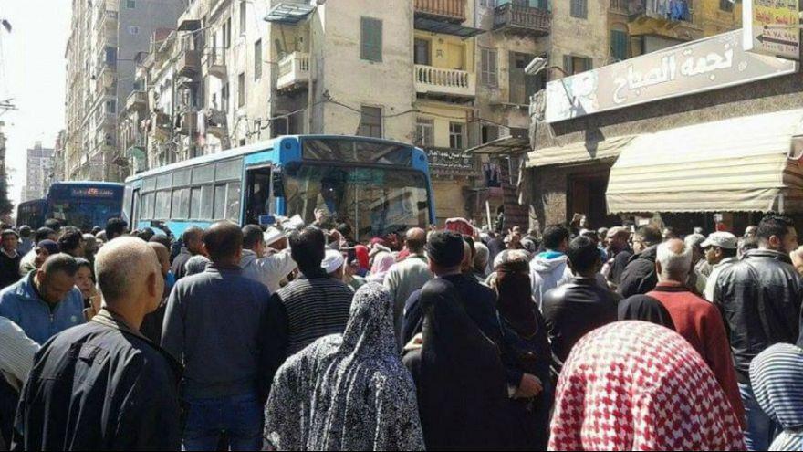 رغيف الخبز يشعل غضب الشارع المصري