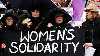 """Dünya Kadınlar Günü'nde """"Kadınsız bir Gün"""" eylemi"""