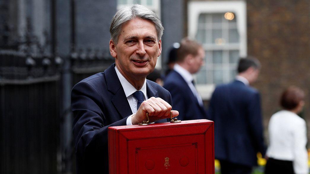 PIB do Reino Unido cresce acima do previsto em 2017