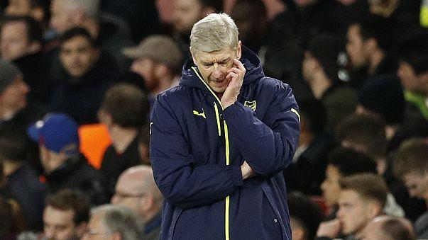 Les fans d'Arsenal poussent Wenger vers la sortie
